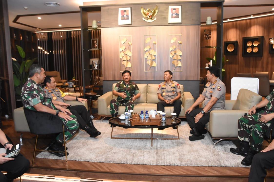 Melalui Video Conference, Pangdam Jaya Bersama Panglima TNI Monitoring Situasi Malam Tahun Baru