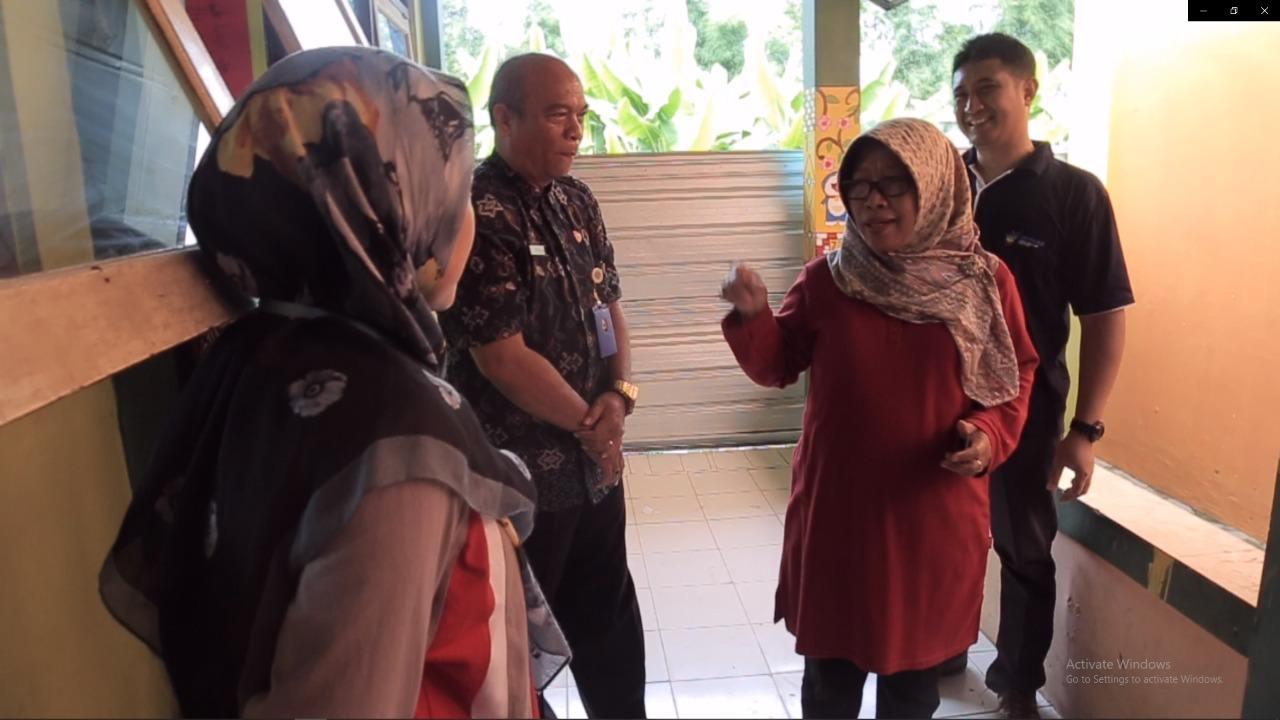 Timbun Sampah, Kepala Sekolah SMP 3 Slawi Dapat Teguran Bupati Tegal
