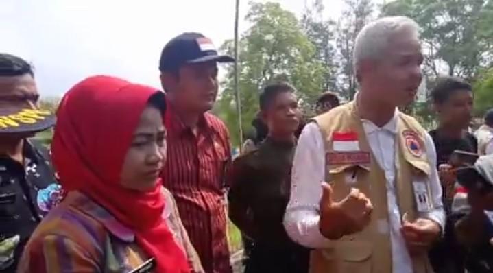 Ganjar Didampingi Bupati dan Wakil Bupati Brebes Apresiasi Respon Cepat Kementerian PUPR