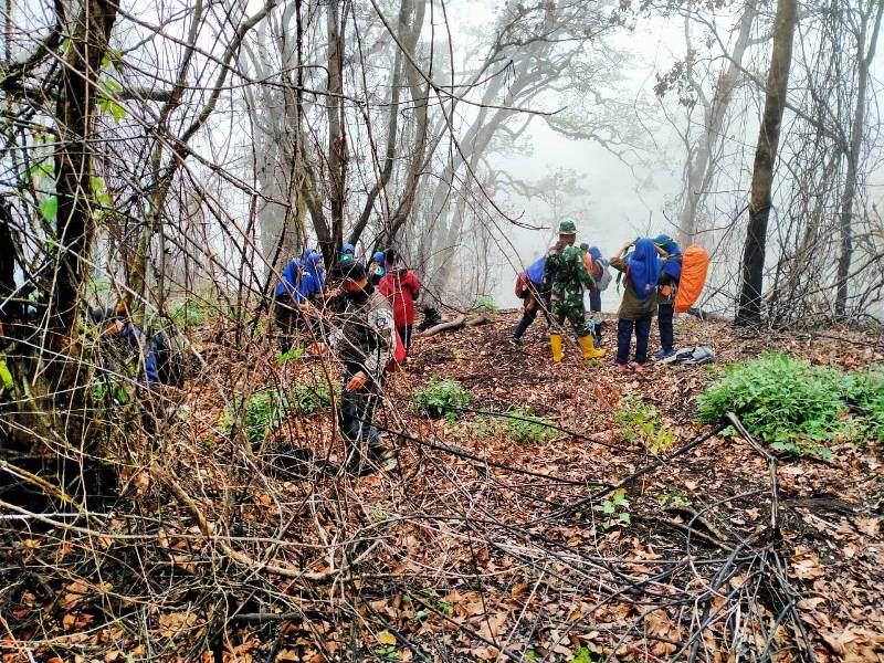 Reboisasi Lereng Gunung Slamet, Bupati Brebes Minta Masyarakat  Merawat