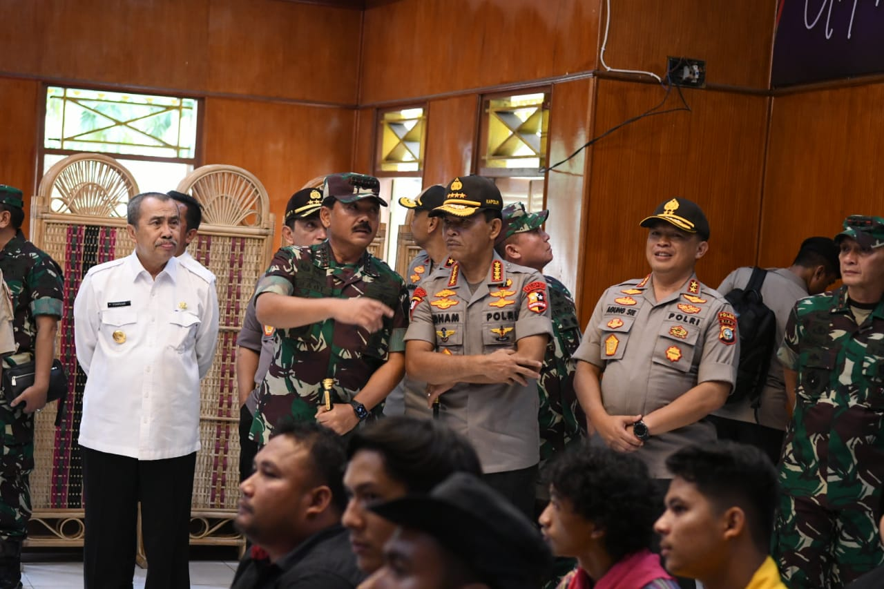 Panglima TNI Pimpin Rakor Karhutla di Riau