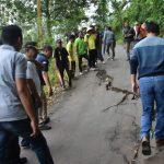 Tinjau Kondisi Jalan Jolosekti, Bupati Batang Intruksikan Segera Diperbaiki