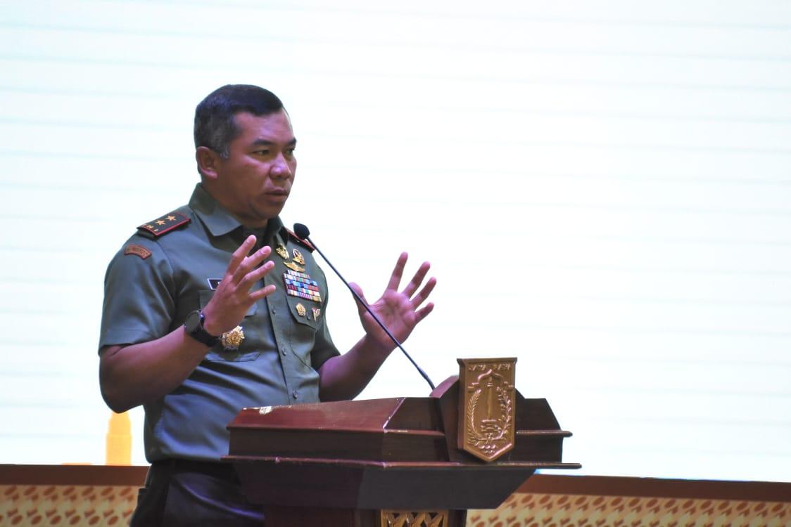 Pangdam Jaya Bersama Anies Bawesdan Berikan Arahan Pejabat Pemprov DKI