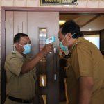 Wali Kota dan Wakil Wali Kota Tegal Serta Peserta Uji Kompetensi Wajib Scan Suhu Tubuh