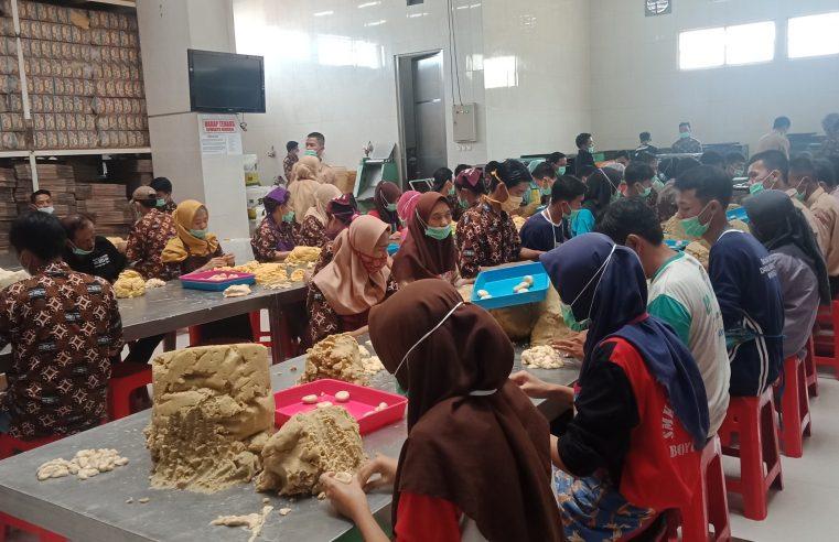 Bakpia Pathok Jadi Favorit Oleh -Oleh Wartawan Tegal Saat Kunjungi Yogyakarta