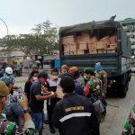 Sinergitas TNI – Polri Bersama Pemprov DKI Jakarta Distribusikan Sembako