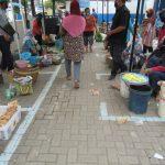 Pasar di Kota Tegal Terapkan Physical Distancing