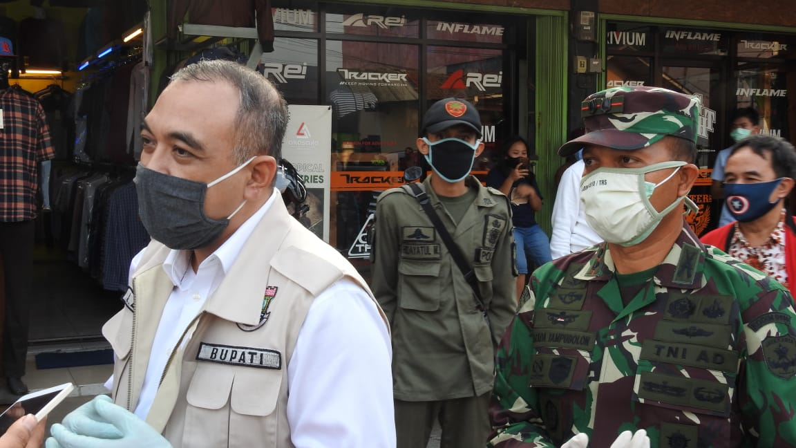 Bupati Tangerang Chek Poin Simpang Empat Pasar Kemis