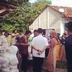 Peduli Covid-19, Remaja Rw 14 Kelurahan Panggung Berikan Bantuan Paket Sembako