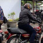 GAS'POLLL…Ala Biker Wakil Wali Kota Tegal Tunggangi RX King Menuju Tempat Kerja