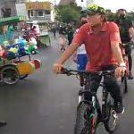 Meski Sedang Berolahraga Sepeda, Wakil Wali Kota Tegal Sempatkan Imbau Warga dengan Humanis