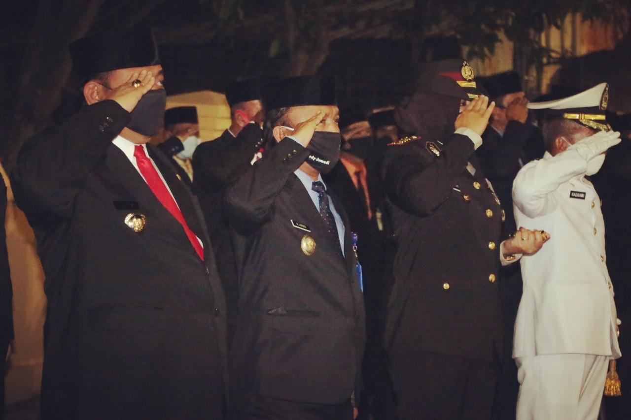 Tepat Pukul 00.00 wib, Pemkot Tegal Upacara Penghormatan di TMP Pura Kusuma Negara
