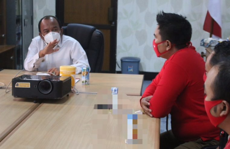 ACE Hadware Donasi 1000 Masker, Jumadi Ajak Semangati Relawan Mandiri Covid19 Tegal