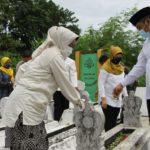 Idza: Makam Bupati Syatori Layak Untuk di Pugar