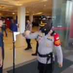 Meskipun Pimpinan, Kapolres Tegal Kota Tetap Ikuti Aturan Disiplin Prokes yang Diterapkan Pengelola Mall